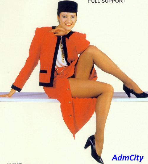 性感透明伸縮spandex彈性纖維褲襪, 褲襠有墊片更舒適,3D立體足型設計,腳尖較厚做強化設計.65%尼龍35%spandex彈性纖維彈性纖維.原材料來自高級日本紗.適合臀圍90~105cm,身高160~170cm, 這家公司專門出口到日本, 品質特好