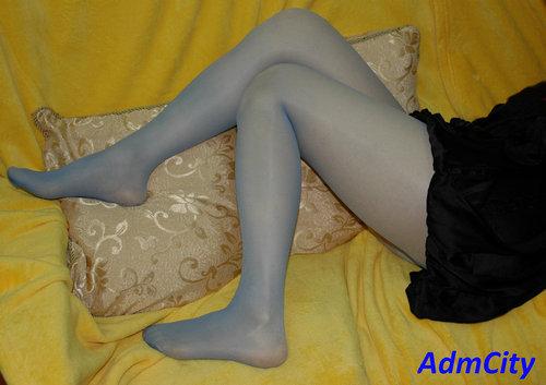 腰部以下全透明褲襪 , 性感伸縮spandex彈性纖維,3D立體足型設計,臀部T型強化設計.有多色可選.適合身高:150到170公分.臀圍:85~98cm, 原材料來自高級日本紗.85%尼龍15%spandex彈性纖維
