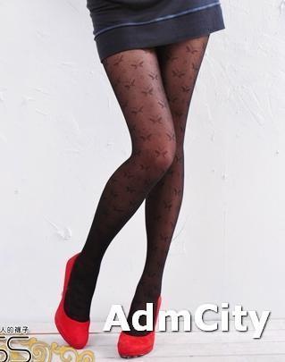 薄紗超彈性纖維蝴蝶形褲襪.柔軟親膚.單一尺寸適合臀圍23~28英吋,臀圍34~37英吋,身高145公分~165公分