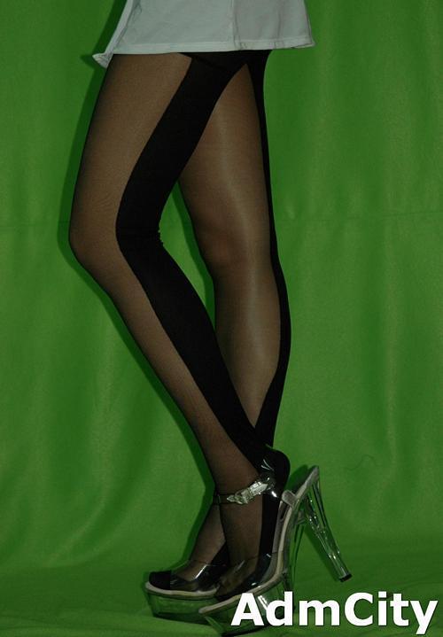 超彈性纖維透明/不透條紋2和一款 花蝴蝶造型褲襪.適合27英吋腰圍以下使用,36英吋臀圍以下使用.164公分身高以下使用