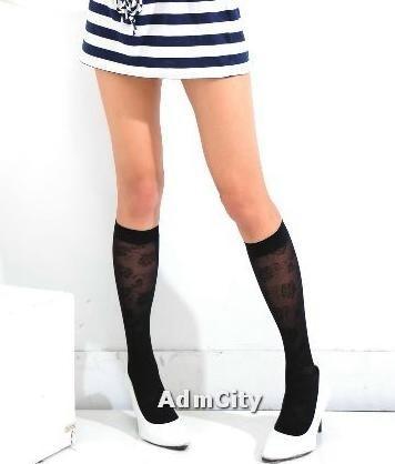 大玫瑰花紋造型 透明中統絲襪