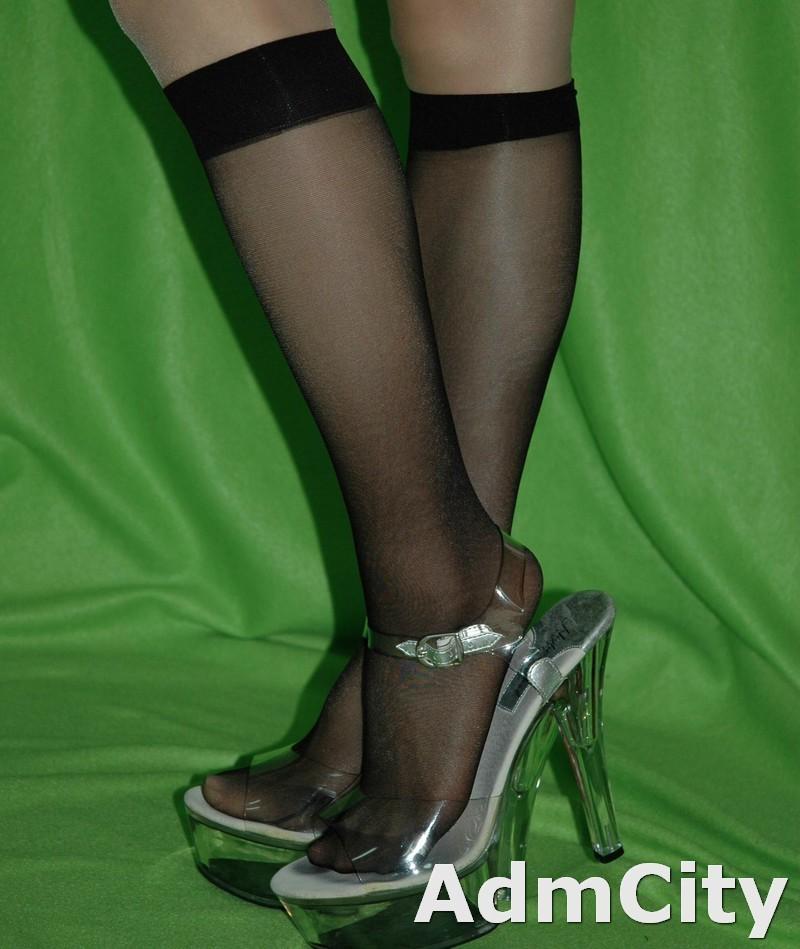 日常超彈性纖維及膝絲襪襪子中統絲襪柔軟觸感