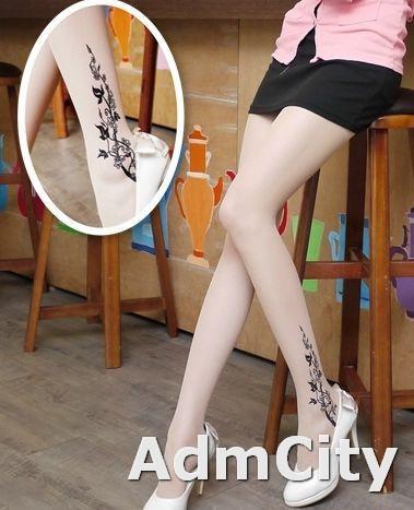 銀花季 透明刺青褲襪. 刺青圖片超彈性連褲襪.適合身高140到160公分.體重35公斤到45公斤.腰圍:21英吋到25英吋.