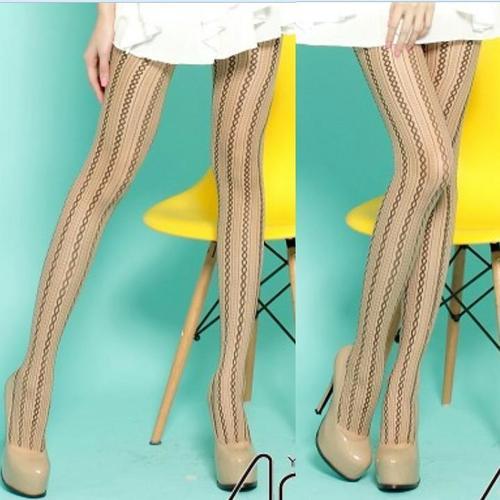 刺青紋路圈狀條紋褲襪復古樣式