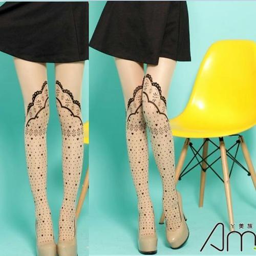 刺青紋路蕾絲花紋褲襪復古樣式假短襪式刺青紋路設計,這件是褲襪