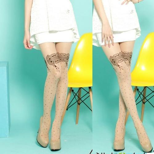 刺青紋路蕾絲花紋褲襪復古樣式韓系日系流行,這件是褲襪