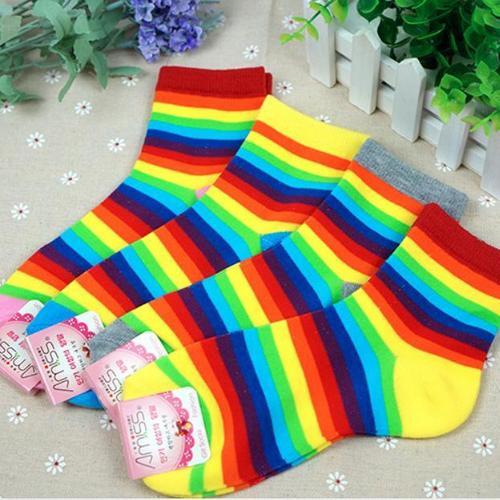 亮麗女用彩色襪, 可愛條紋彩虹襪