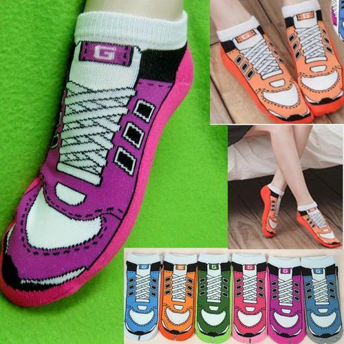 假運動鞋圖案,腳踝女短襪,不選色隨機出貨