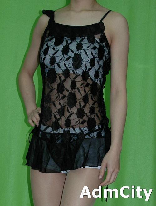 蕾絲 交叉綁帶裝飾 性感小夜衣 + 細線丁字褲.