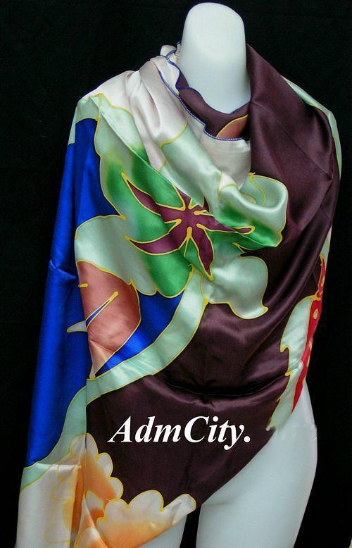 絲巾.  110 x96 cm.