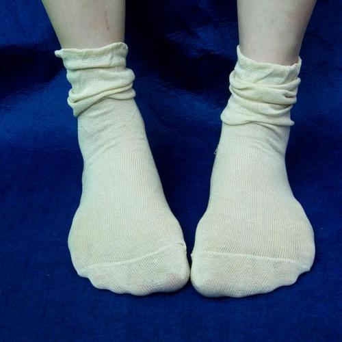 高級真絲 純蠶絲 女襪襪子 柔軟透氣日單出口歐美護膚寬鬆款可以當睡眠襪護足襪