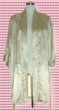 素綢緞和服印花睡袍. 材質:蠶絲100%.