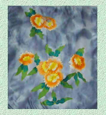 素綢緞手繪方巾. 材質:蠶絲100%. 規格:110X110CM.