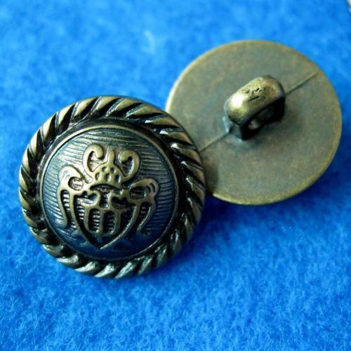 10個皇冠樣式縫紉扣