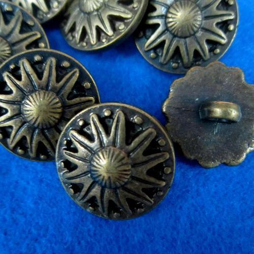 10個太陽花樣式縫紉扣