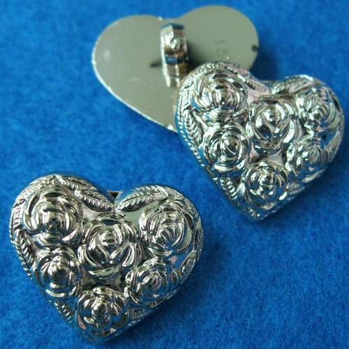 10個心型玫瑰樣式縫紉扣