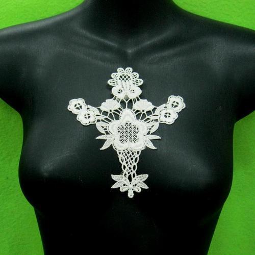 白花頸圈胸部服飾配件DIY手工藝刺繡徽章/貼花/需手縫