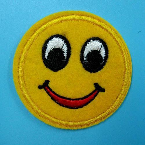 黃色快樂笑臉服飾配件DIY手工藝刺繡燙布/燙貼布/熨燙徽章/貼花