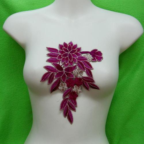 玫瑰花色胸部服飾配件DIY手工藝刺繡徽章/貼花/需手縫
