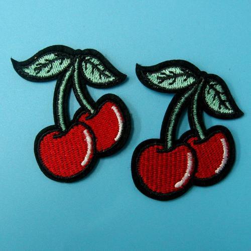 2個櫻桃紅服飾配件DIY手工藝刺繡燙布/燙貼布/熨燙徽章/貼花
