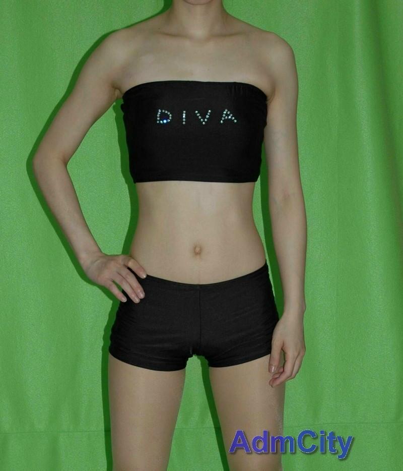管狀 + 短褲 . 材質: 杜邦彈性專利萊卡 Lycra .